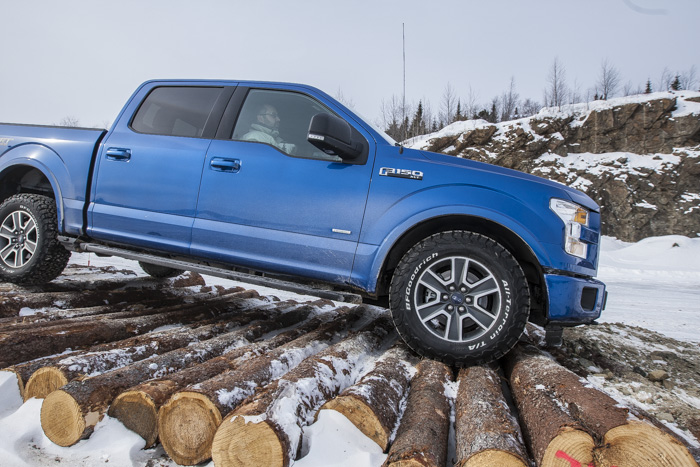 Ford-F150-off-road-testdrive-01