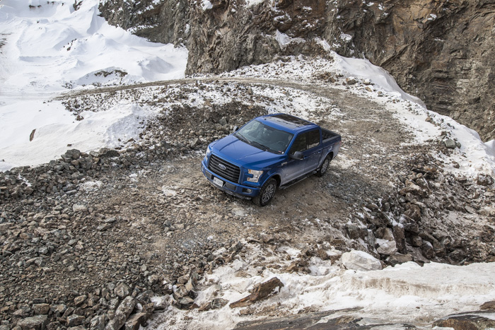 Ford-F150-off-road-testdrive-03