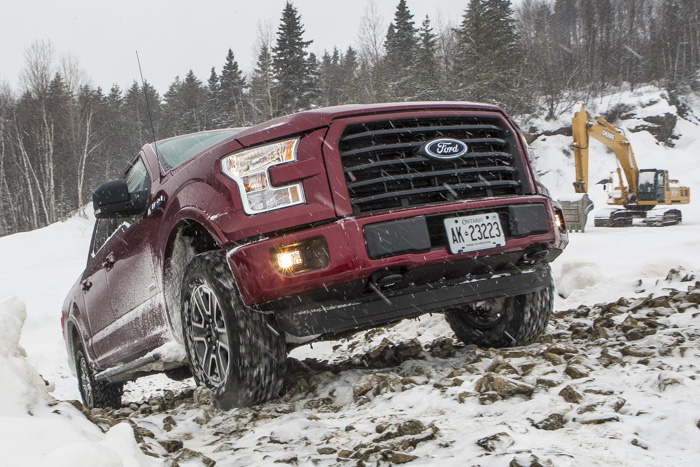 Ford-F-150-off-road-testdrive-12