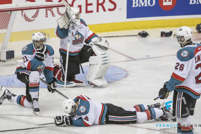 Kelowna Rockets players show dejection as they lose against the Oshawa Generals in the Memorial Cup final in Quebec City  on Sunday May 31, 2015. Francis Vachon/Postmedia Network